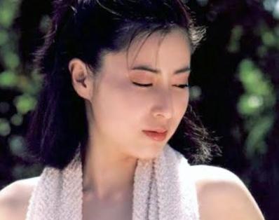 岡江久美子若い頃